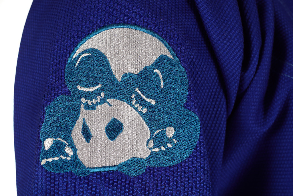 Panda logo on the new  Inverted Gear Blue Light PEarl Weave Skies gi.  Available with free shipping from The Jiu Jitsu Shop.