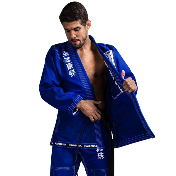 tucking in the gi of the Hayabusa Shinju 3 Pearl Weave Blue Jiu Jitsu Gi now available at www.thejiujitsushop.com  Enjoy Free Shipping on this comfortable durable new gi from The Jiu Jitu Shop