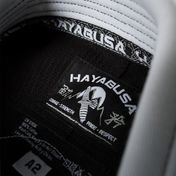 Gi tag of the Hayabusa Goorudo 3.0 Gold Weave Jiu Jitsu Gi (White) available at www.thejiujitsushop.com  Enjoy Free Shipping from The Jiu Jitsu Shop