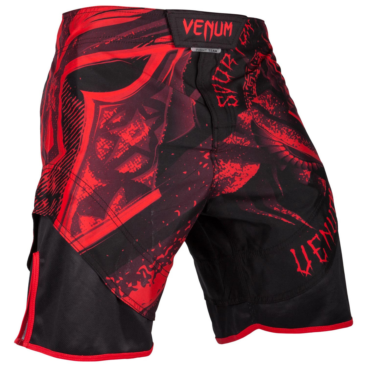 Venum Pirate 3.0 Long Sleeve Rashguard Black//Red