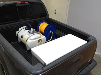 25-gallon-12-volt-sprayer-3.jpg