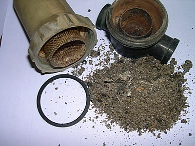 clean your pest control sprayer filter