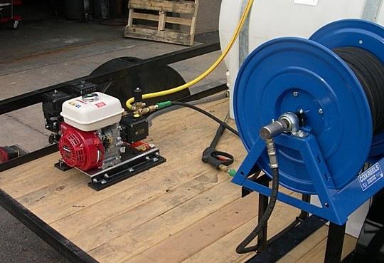 mobile-detail-pressure-washer-cox-hose-reels.jpg