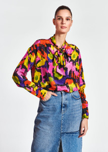 Essentiel Antwerp Colorful silk shirt