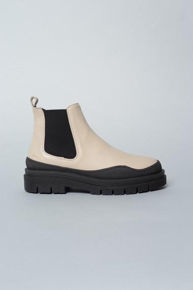 Copenhagen Studios Eggshell Ankle Boots