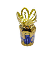 "**6 oz. ""Jewish Holiday Neapolitans"" in Gold Gift Bouquet**"