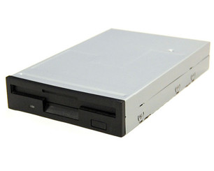 BYTECC BT-145 3.5in Bay 1.44MB Internal Floppy Drive