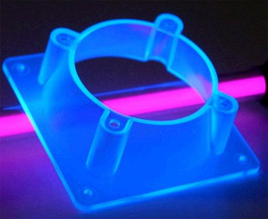 120mm to 80mm Fan Adapter Plastic (UV Blue)