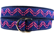 Herringbone fish d-ring ribbon belt