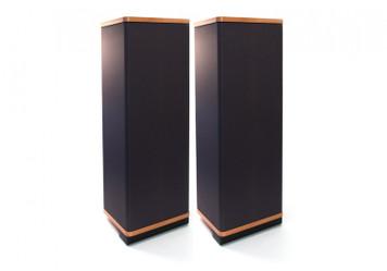 Vandersteen Model 1ci inc pedestals (pair) Ex Demo