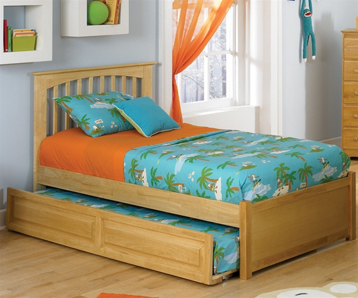 Brooklyn Twin Size Trundle Bed Natural Maple