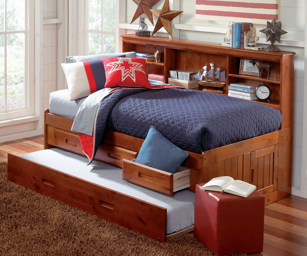 Picture of: Discovery World Furniture Merlot Twin Size Bookcase Captains Day Bed 2822 Children S Captain Daybeds With 3 Drawers And Trundle Twin Size Captain S Trundle Day Beds At Kids Furniture Warehouse