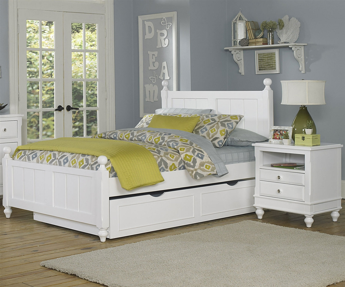 1025 And 1570 Kennedy Full Bed White Finish With Trundle Lakehouse