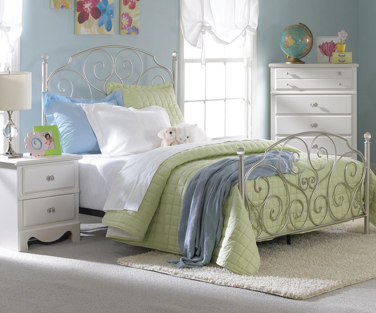 Picture of: Spring Rose Metal Bed For Girls Full Size Bed With Crystal Knobs Standard Furniture Kids Beds