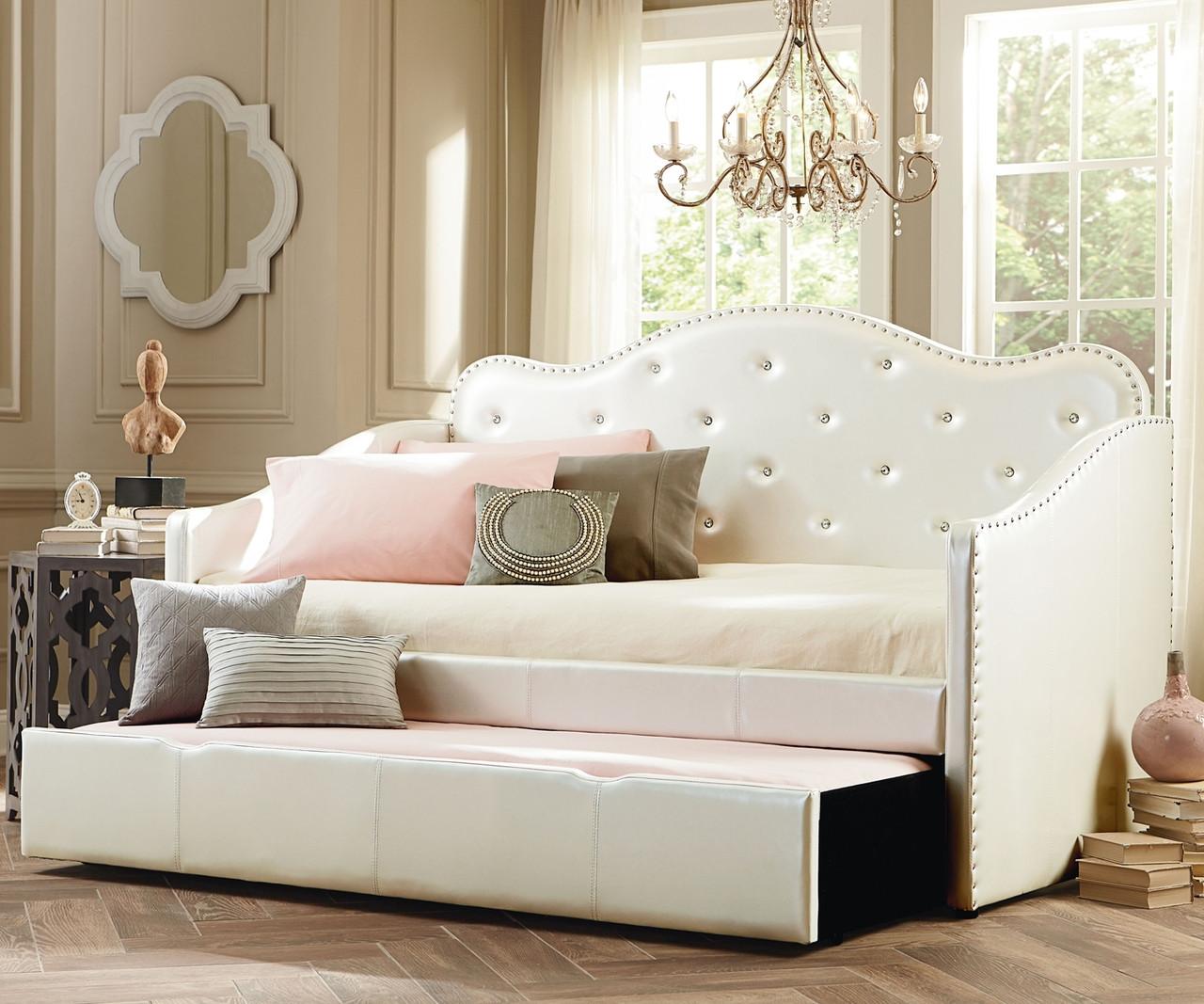 Caroline Daybed With Trundle In Upholstered White 98150 Standard Furniture Girls Bedroom Set