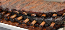 Full rack of St. Louis Style Pork Ribs. Feeds 2-4.
