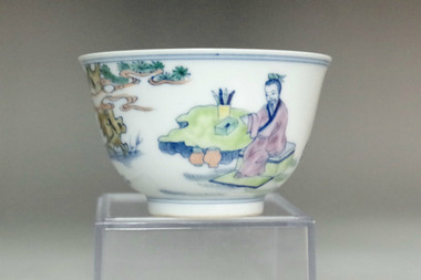 sale: Chinese doucai cup w/ Kangxi mark