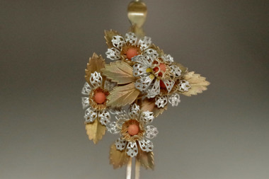 sale:  Kanzashi - Antique Japanese women's hairpin coral ornament