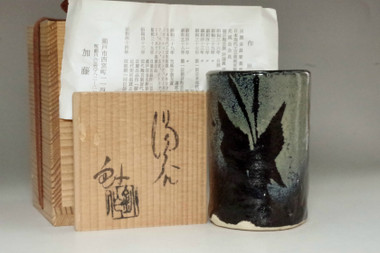 sale: Kato Sho (1927-2001) Vintage pottery tea cup in seto ware