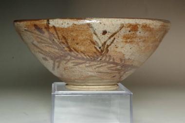 sale: Kato Shuntai (1802-1877) Antique tea bowl in seto ware
