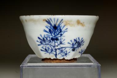 sale: Kiyomizu Rokubei III (1820-1883) Antique sake cup