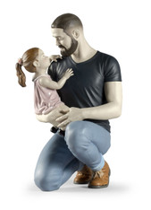 In Daddy's Arms Figurine Lladro 01009391