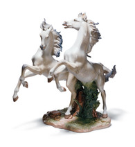 LLADRO FREE AS THE WIND (01001860 / 1860)