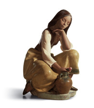 LLADRO CLASSIC WATER CARRIER (01013525 / 13525)