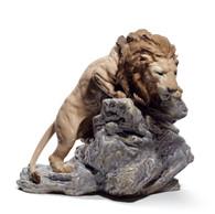 LLADRO LION POUNCING (01008656 / 8656)