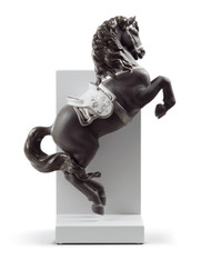 LLADRO HORSE ON COURBETTE (RE-DECO) (01008721 / 872