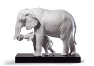 LLADRO LEADING THE WAY (WHITE) (01008695 / 8695)