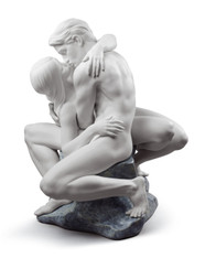 LLADRO PASSIONATE KISS (WHITE) (01008727 / 8727)