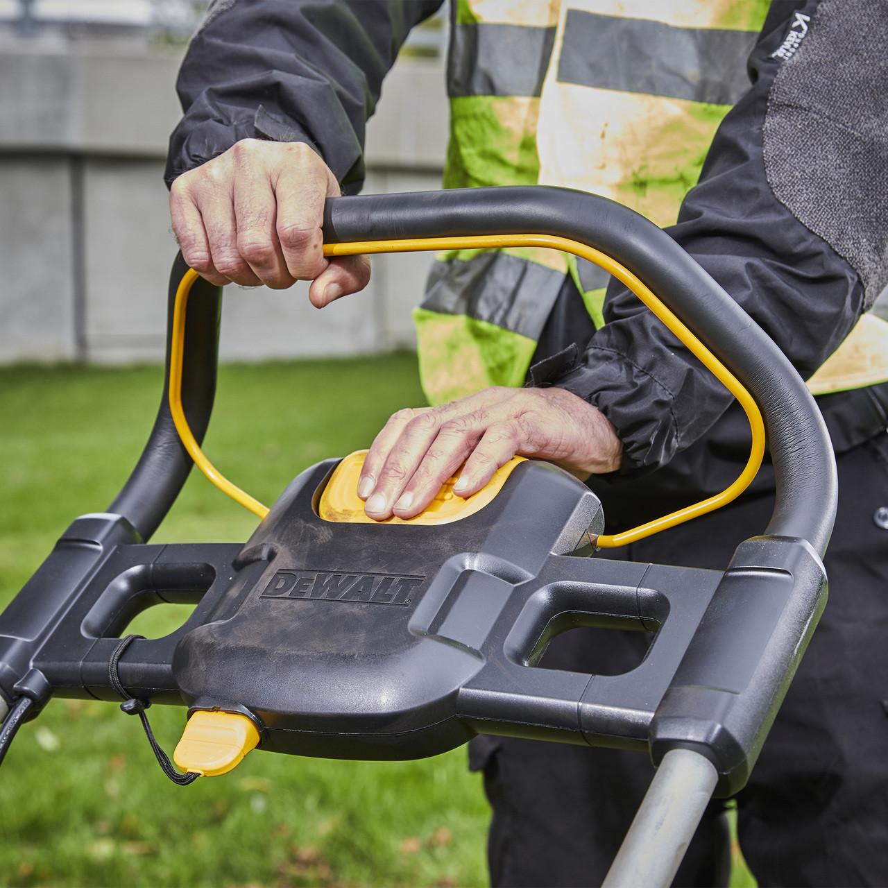 DeWalt DCMW564RN 18v 48cm Brushless Lawnmower (Body Only)