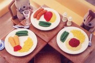 4 pieces Iwako erasers - Lunch Plate (Color May Vary)