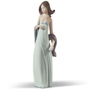 Lladro Porcelain Ingenue Woman Figurine 01005487