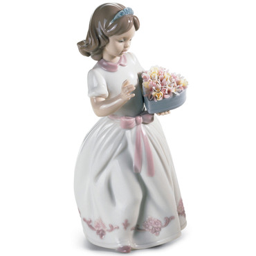 Lladro Porcelain For a Special Someone Girl Figurine 01006915