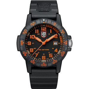 Luminox Men's Leatherback Sea Turtle Giant 0320 Series Carbon Case Black Rubber Strap Watch XS.0329