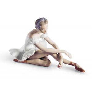 Lladro Porcelain Rose Ballet Dancer Figurine 01005919