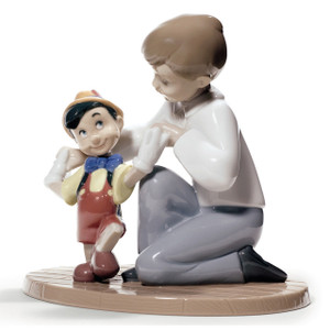 Nao Porcelain Disney Pinocchio's First Steps Figurine 02001678