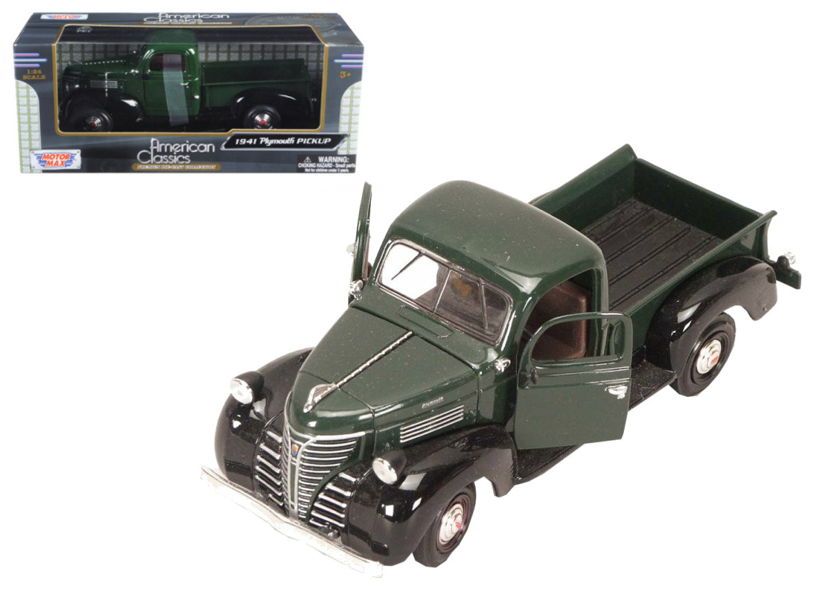 1941 Plymouth Pickup Red  1:24 American Classics