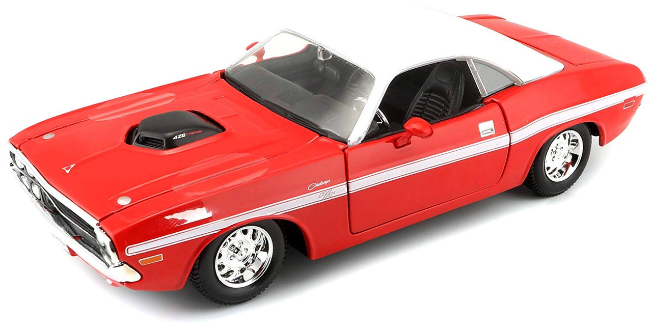 Dodge Challenger R//T Coupe/' 1970 Red//White 1:24 Maisto MI31263R