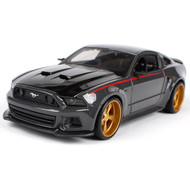 2014 Ford Mustang Street Racer 1/24 Scale Diecast Car Model By Maisto 32502