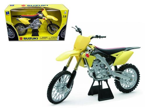 2014 Suzuki RM-Z450 Bike Motorcycle 1/6 Scale Model By NewRay 49473