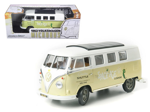 1962 VOLKSWAGEN MICROBUS SPACE AGE LODGE CREAM 1/18 SCALE DIECAST CAR MODEL BY GREENLIGHT 12851