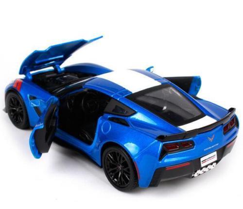 2017 CHEVROLET CORVETTE GRAND SPORT BLUE 1:24 DIECAST MODEL CAR BY MAISTO 31516