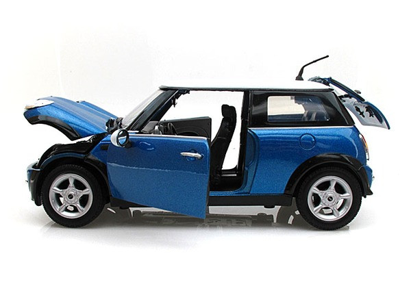Mini Cooper Blue 1 18 Scale Diecast Car Model By Motor Max 73114