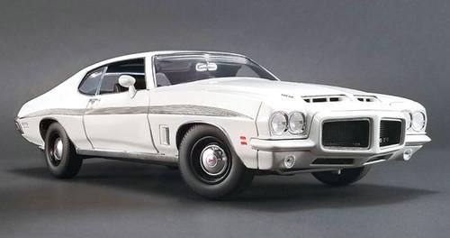 1972 Pontiac LeMans GTO White Ltd To 402 1/18 Scale By ACME A 1801211