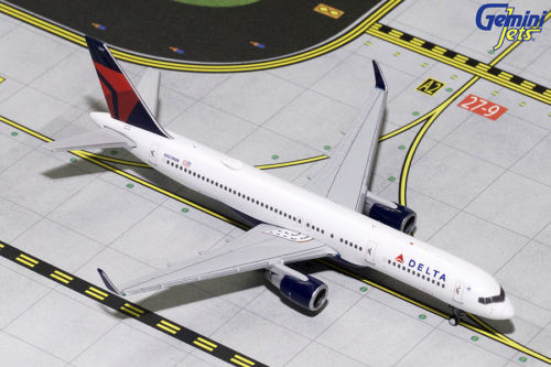 delta airlines boeing b757 200 winglets n551nw 1 400 scale diecast