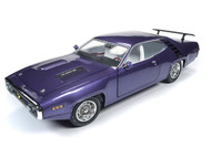 1971 Plymouth Road Runner American Muscle 1/18 Scale Diecast Car Model By Auto World AMM1182