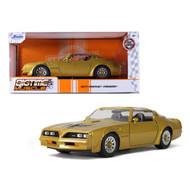 1977 PONTIAC FIREBIRD TRANS AM T/A GOLD WITH HOOD BIRD 1/24 SCALE DIECAST CAR MODEL BY JADA TOYS 32302